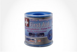"Cinta Microporosa First Aid Empaque Con 1 Rollo De 2"" x 5 yd - Color Piel"